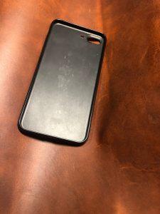 Как обтянуть чехол для телефона кожей?